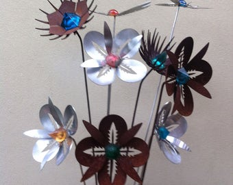 Stainless and Mild steel flower garden stakes