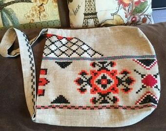 Pretty ethnic bag