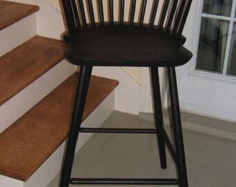 Windsor Lowback Barstool