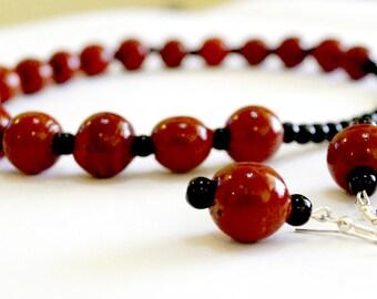 KRAFFITTI - Red Beads Choker set