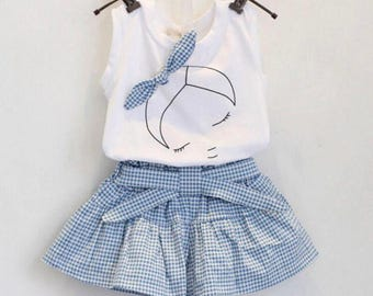 Girls 2 Piece Gingham Dress. Size 2-3 and 3-4 Years