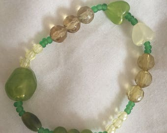 Glass bead bracelet, stretch bracelet, green bracelet, bead bracelet