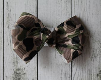 Green Camouflage Bow