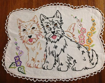 Vintage hand embroidered doily, 36 x 28 cm, Scottish Terriers