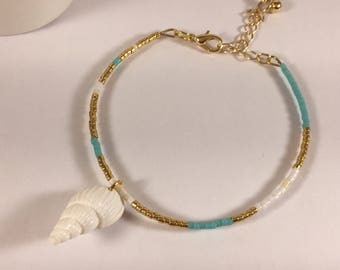 Bracelet twisted shell and turquoise and Golden beads miuky