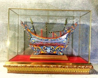 Thailand Vintage wood Ko-lec boat in colorful pattern model with glass cover