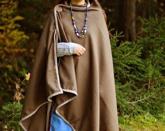 Woolen cloak with hem