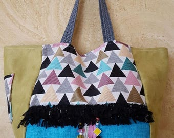 Bag has hand Mini Poppy - Triangles - suede/cotton/canvas coated - blue/pink/green