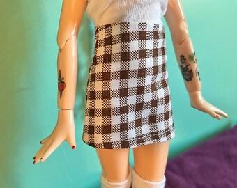 Bown and White Gingham Plaid Mod Mini Skirt for Blythe
