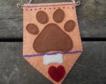 Dog Paws Fiber Art, Embroidery Art, Miniature Wall Art, Dogs Wall Art, Mini Wallhanging, Pet lover, dog lover