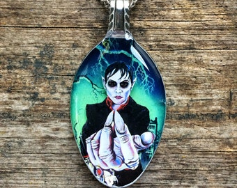 RW2 Dark Shadows Vampire Spoon Necklace