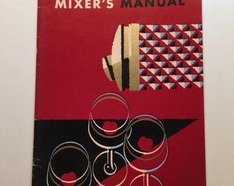 Fleischmann's Mixer's Manual 1960s Great Kitsch Item Free US Ship