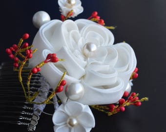 White Plum Blossom: senior maiko inspired kanzashi on comb. Spring 2017 collection. Full moon.