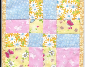 Free US Shipping! Miniature Scrappy Spring #6375 Dollhouse Quilt or Rug Great for OOAK Sculpt Doll