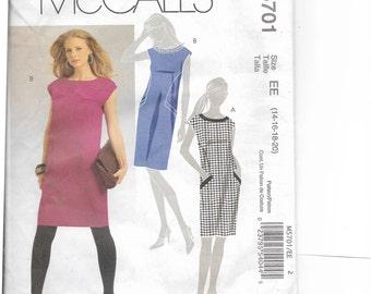 McCall's Misses' Dresses Pattern 5701