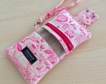 Fuchsia Woodlands Cube Wallet ---------- Double Snaps, 5 Pockets, Wrist Strap
