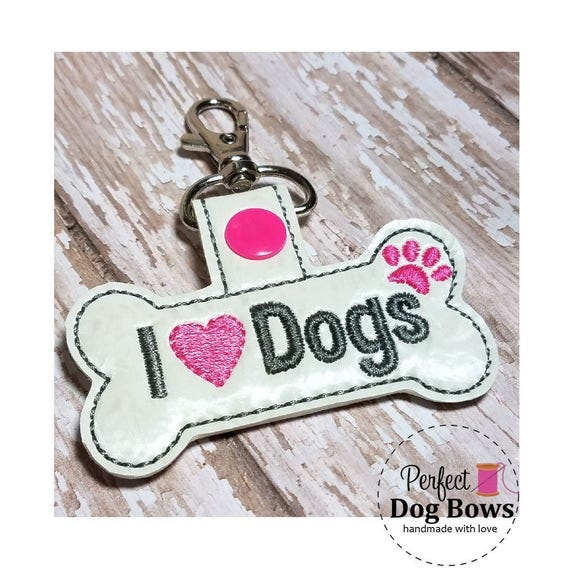 Dogs Key Chain, Love Dogs Key Fob, Dog Paw, I heart dogs, Gifts for Pet Lovers, Dog Gifts