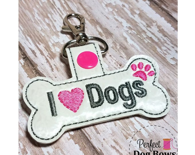 I Heart Dogs Key Chain, I Heart Dogs Key Fob, Dog Bone Key Fob, Dog Tag Holder,  Gifts for Pet Lovers, Gifts for Dogs