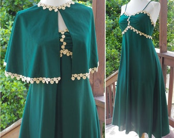 """FOREST Green 1970's Vintage Dark Green Polyester Gown w/ DAISY Chain Edges + Matching Cape // size Small XS // Bust 32 34"""""""
