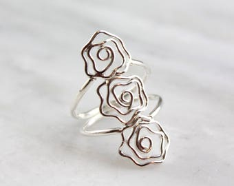 Three Roses Silver Ring