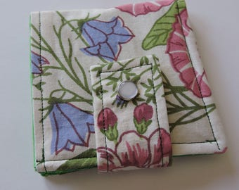 Vintage Floral Fabric Scrappy Wallet * Holds 8 cards and paper money * twilightdance