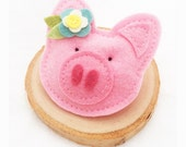 Pig Brooch - Felt Pig Alligator Clip Brooch, Farm Animal, Children Accessories, Gift Topper, Gifts for Kids, Ornament, Hat or Bag Clip On