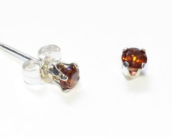 "3mm Faceted Natural Garnet Post Earrings in Sterling Silver (.12"")"