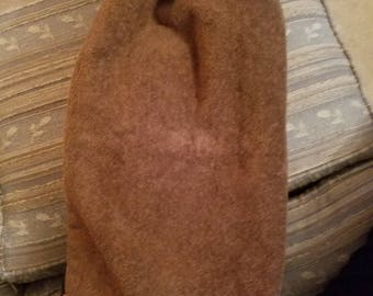 Solid brown Avanti hand towel with crocheted top