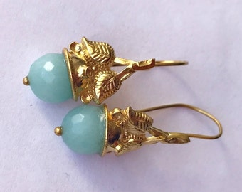 Baby blue Agate Queen's crown earring