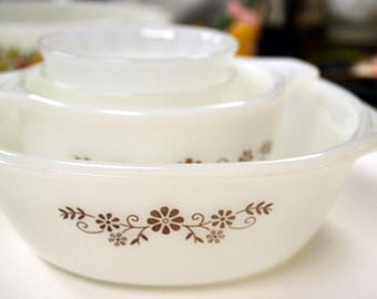 Vintage DynaWare Pyr-o-Rey Casserole Dishes Custard Cup Milk Glass cookware Set of Three