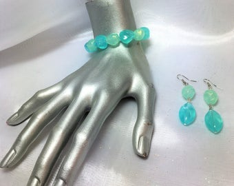 Acrylic Ocean Sea Nugget Stretch Bracelet with Matching Earrings #372