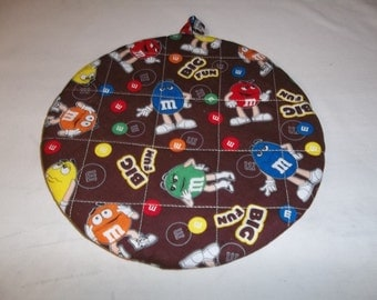 M and M Big Fun, Quilted Pot Holders, Potholders, Hot Pads, Trivet, Cotton, Double Insulated, Round Handmade, 9 Inches, Hostess Gift