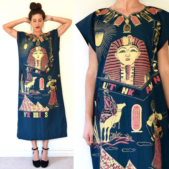 SPRING SALE/ 20% off Vintage 70s 80s Egyptian Lands Hand Painted Forest Green Full Length Caftan