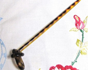 Vintage Faux Tortoiseshell Hairstick, Vintage Hairstick, Hair Pick, Hair Accessories, Collectibles, Hair Jewelry, Chignon, Bun, Celluloid