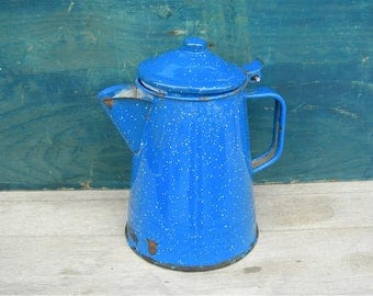 Vintage Enameled Coffeepot, Blue with White Speckles, Display Only, Rustic Chippy Cabin Farmhouse Ranch Home Decor, Planter Vase, Man Cave