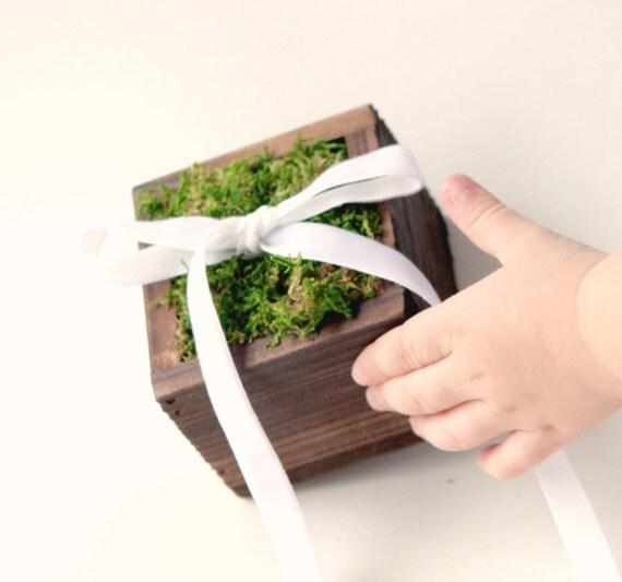 Moss ring bearer box, Rustic wedding pillow, Simple woodland box, pageboy accessory, Woodland wedding,  Rustic wood ring bearer pillow