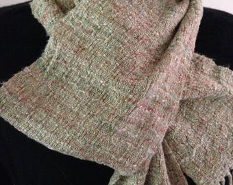 Handwoven scarf in light green rayon and cotton