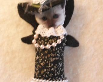 Cat-Kitten Brooch/ Pin- Fiber Art- Victorian Dress Cat Brooch