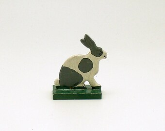 Antique Miniature Wood Rabbit Figurine Erzgebirge Flachfiguren Germany Flat Figurine