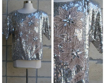80s sequin top, glam bling, look-at-me-disco top, nude pink shell with silver metallic-beaded motif, size M-L.
