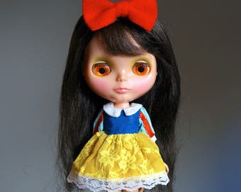 Snow White Dress and Red Felt Bow Set Halloween Costume