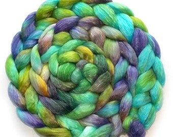 Roving Superfine Merino/Tencel 50/50 - Fantasy Green, 5.2 oz.