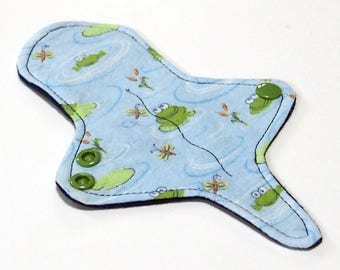 ULTRATHIN Reusable Thongliner Cotton Flannel Mini Pad with wings for Every Day - Washable Cotton Flannel -  Frog Pond