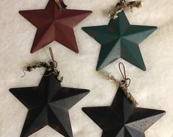Set of 4 Prim Dimensional Metal Barn Star Ornaments