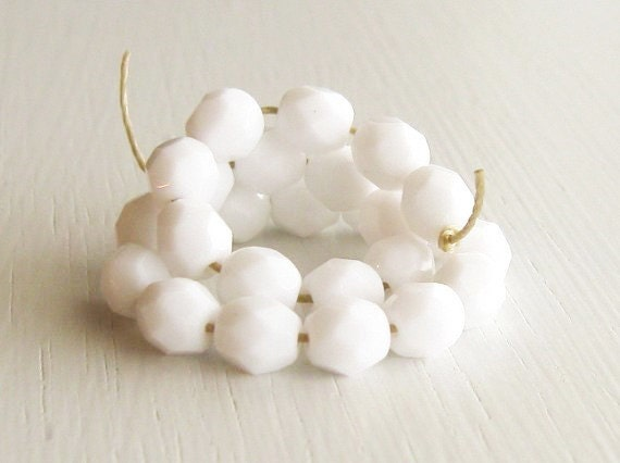 25 Opaque White 6mm Faceted Czech Glass Rounds
