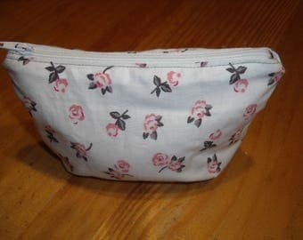 Small cosmetic purse