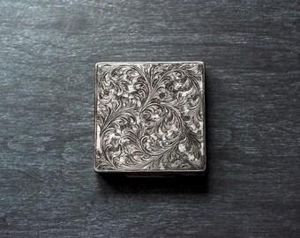 Antique Italian Silver Compact, Renzo Cassetti Compact, Chased Silver Compact, Vintage Compact, .800 Silver Compact, Collectible