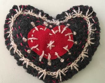 Valentine heart felt wool embroidered handmade applique embellishment  ornament gift tag felt     tateam