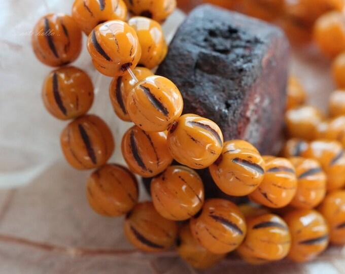 MUSTARD MELONS .. 25 Picasso Czech Glass Melon Beads 6mm (5329-st)