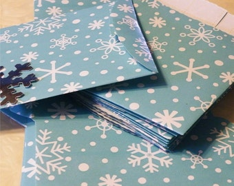 Snowflake Bag, Snowflake Gift Bags, Snowflake Paper Bag, Blue Snowflake Snack Bag, Paper Bag Sleeve, Silver Snowflake Sticker, 25 pc